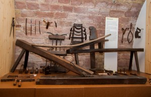 Die Ausstellungskoje zur Fassherstellung